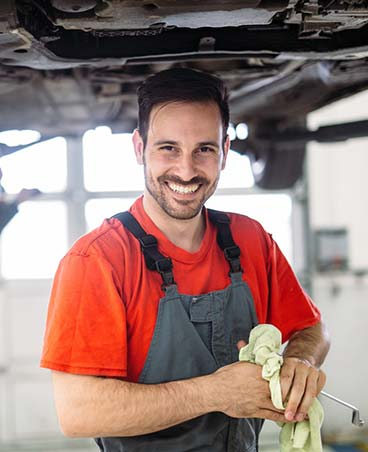 experienced auto repair technicians
